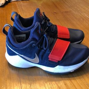 PG Nike shoes men's size 8